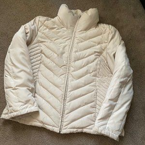 Stylish and functiona Kenneth Cole Puffer Jacket